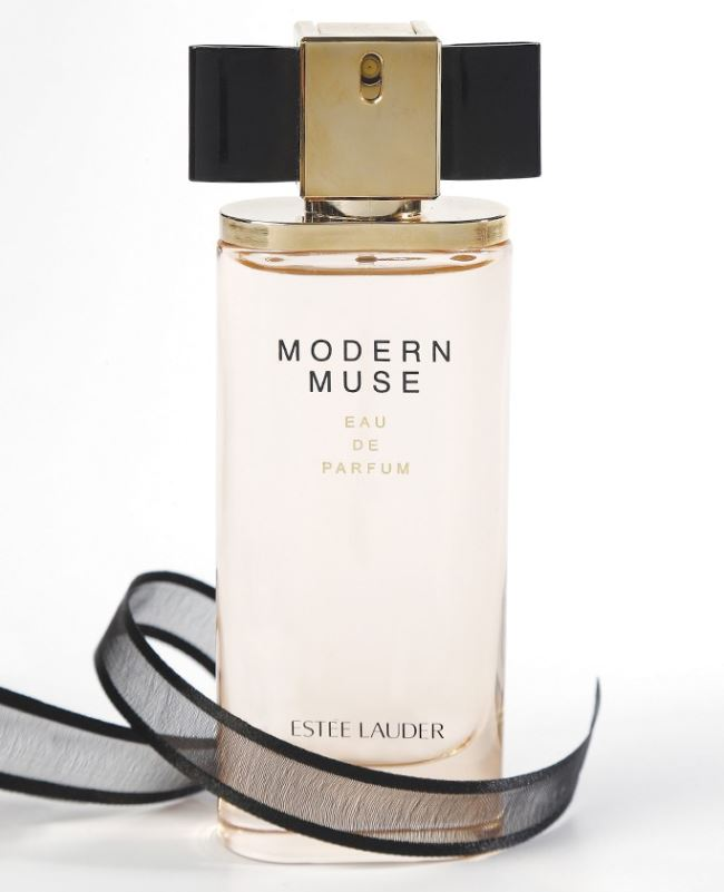 Estee_Lauder_Modern_Muse_Fragrance_Bottle