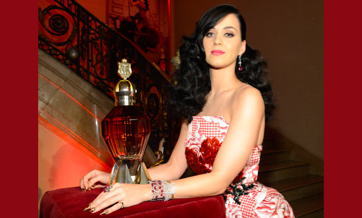 166063911LL001_Katy_Perry_F