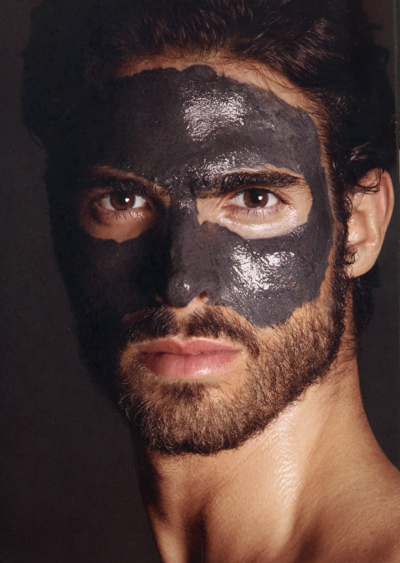 juan-betancourt-by-tom-ford-for-tom-ford-for-men-skincare-and-grooming-2