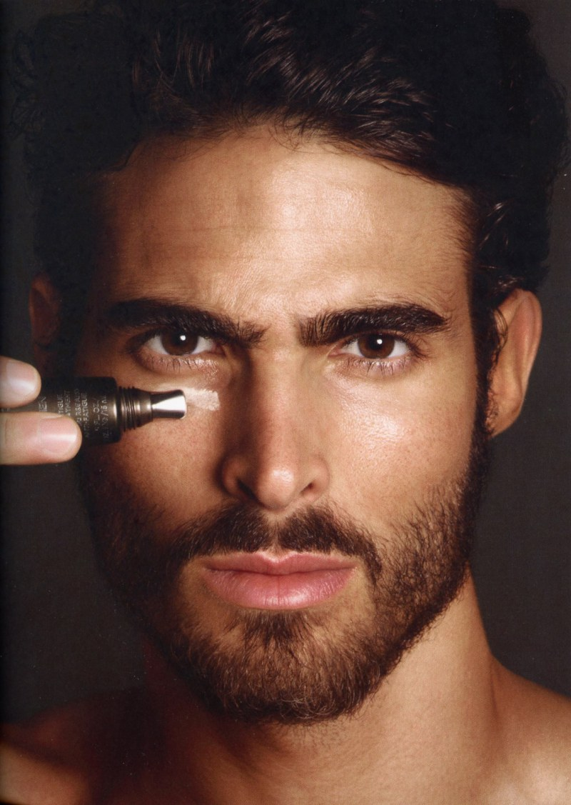 juan-betancourt-by-tom-ford-for-tom-ford-for-men-skincare-and-grooming-5