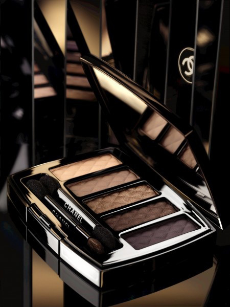 Chanel-Nuit-Infinie-de-Chanel-Holiday-2013-Ombres-Matelassees-Eyeshadow-Palette