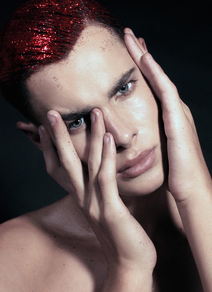 Peter-Vince-Barati-Male-Model-Scene-02