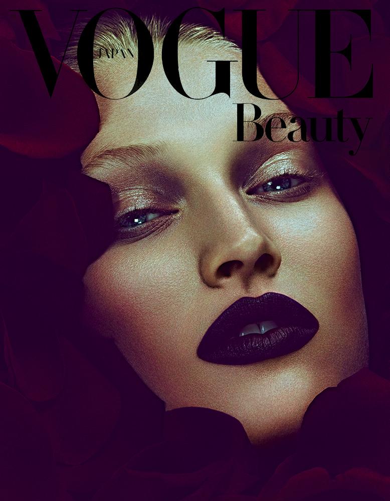 Toni Garrn by Ben Hassett for Vogue Japan December 2013 (1)