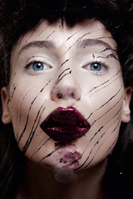 Celebrity skin magazine 2019