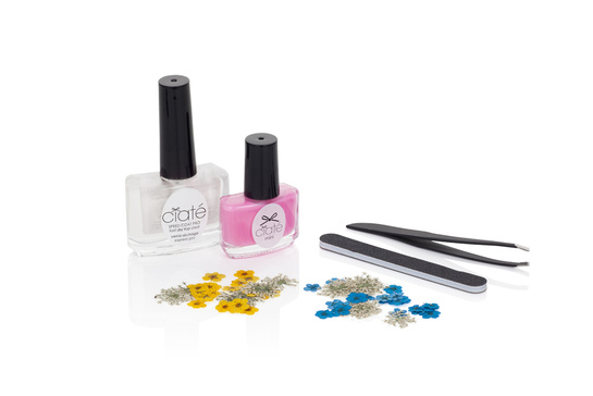 Ciaté-Flower-Manicure-4
