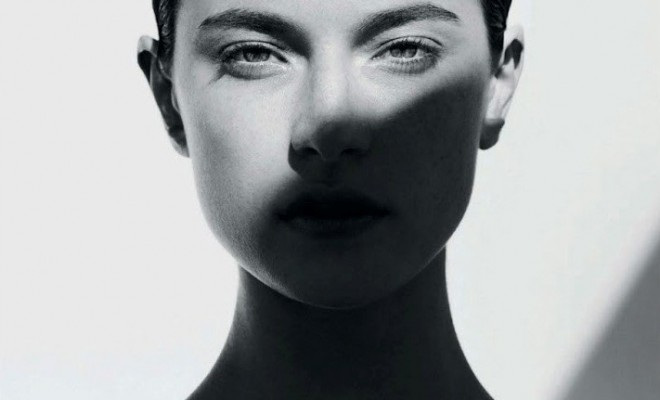 Jacquelyn-Jablonski-by-Julia-Noni-for-Vogue-Japan-May-2014-1