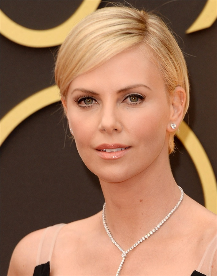 Oscars-2014-Beauty-Looks-12