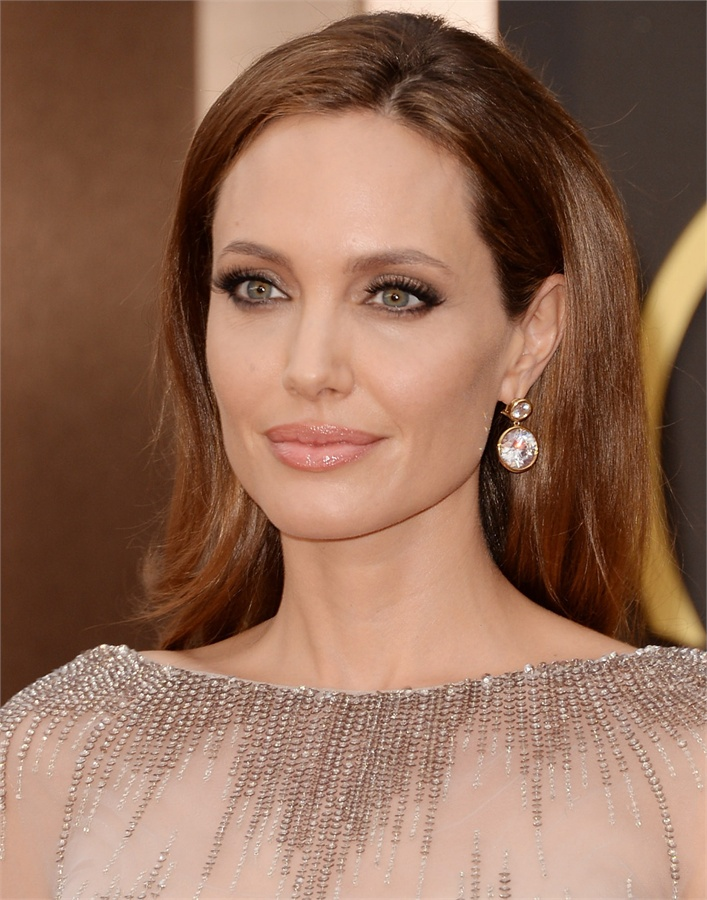 Oscars-2014-Beauty-Looks-4