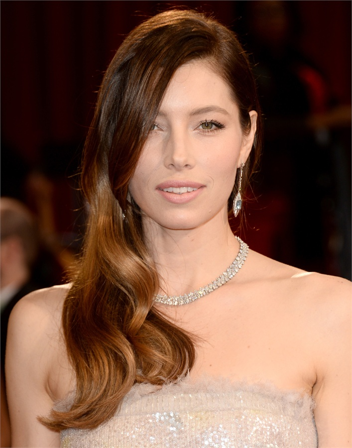 Oscars-2014-Beauty-Looks-5