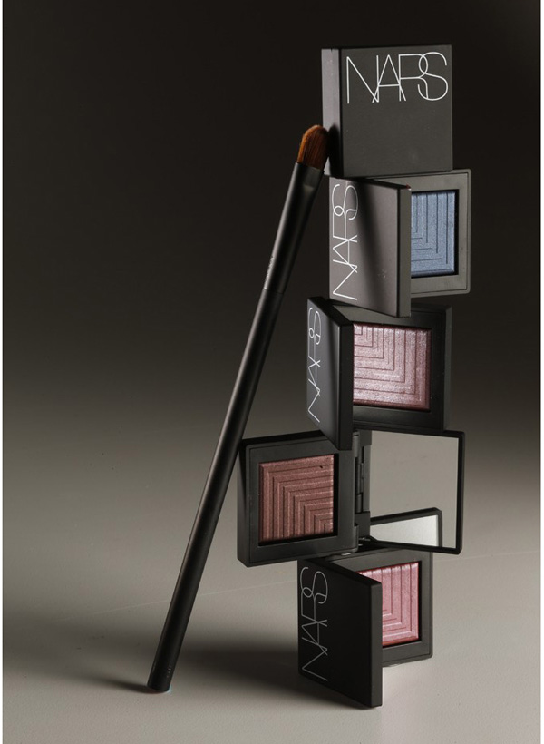 Dual-Intensity Eyeshadow (2)