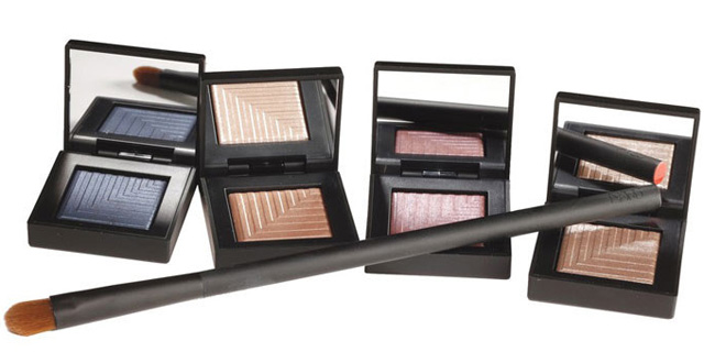 Dual-Intensity Eyeshadow (3)