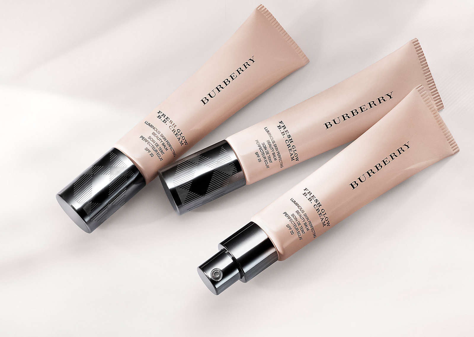 The New Fresh Glow Burberry BB Cream 02