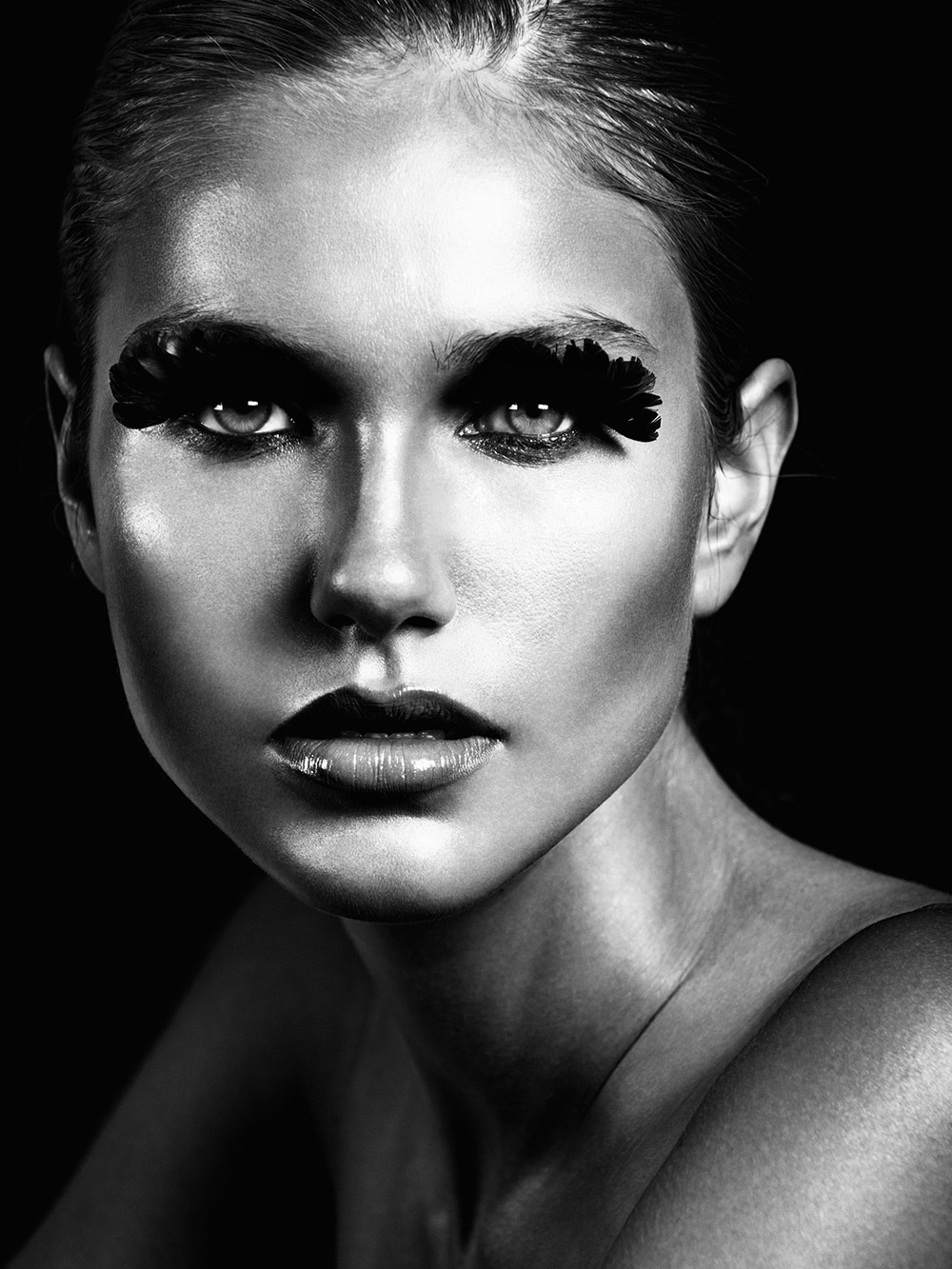 for lust and lashes by nigel lew for beauty scene