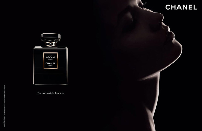 Karlie Kloss stars in new Chanel Coco Noir Campaign (1)