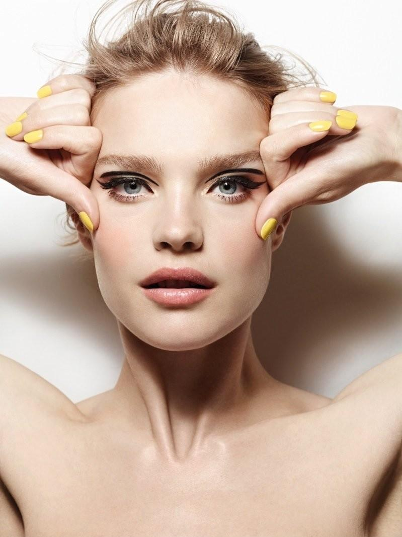 Natalia-Vodianova-for-Etam-Make-Up-FW-2014-1