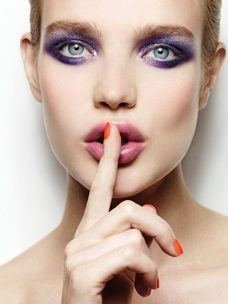 Natalia-Vodianova-for-Etam-Make-Up-FW-2014