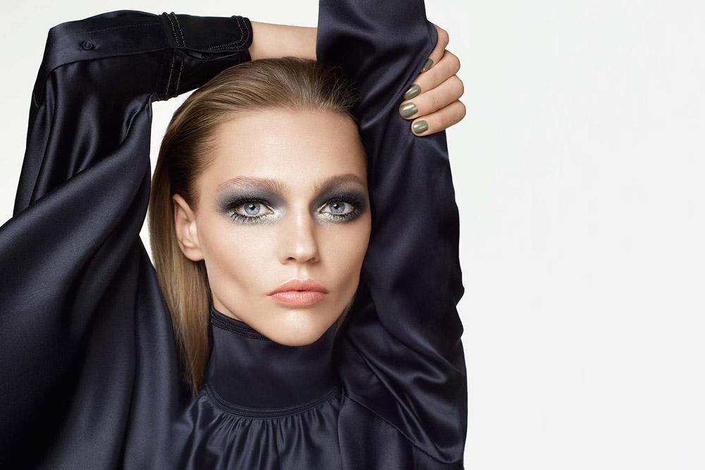 Sasha Pivovarova For H&M Beauty Fall Winter 2015